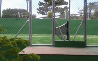 Estrenamos pista de pádel en Navacerrada… ¡en el Arcipreste!